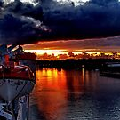 Cruising Into The Harbour by judygal