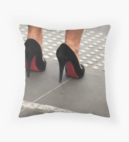 killer heels Throw Pillow