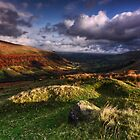 Fan Bwlch Chwyth - Brecon Beacons by Douglas  Latham