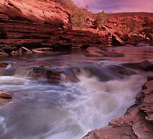 Z Bend Gorge by Stephen  Williams