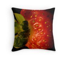 Strawberry macro Throw Pillow