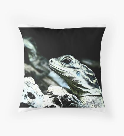 Ithinkhesaurus  Throw Pillow