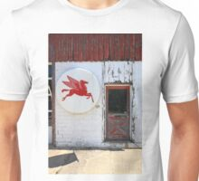Route 66 - Rusty Mobil Station and Pegasus Unisex T-Shirt