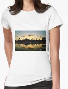"""Siem Riep, Cambodia: """"Angkor Wat"""" Womens Fitted T-Shirt"""