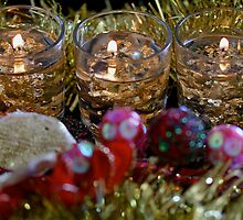 Season's Greetings by Francesca Rizzo