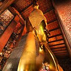 Reclining Buddha by Robyn Lakeman