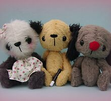 Sooters, Sweepers and Sooze. Handmade bears from Teddy Bear Orphans by Penny Bonser