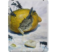 Lemon and Mud Daubers iPad Case/Skin