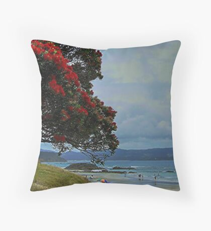Tawharanui, New Zealand. Throw Pillow