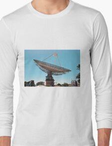 RadioTelescope. Parks Australia. Long Sleeve T-Shirt