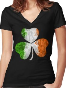 Irish Shamrock Grunge Women's Fitted V-Neck T-Shirt