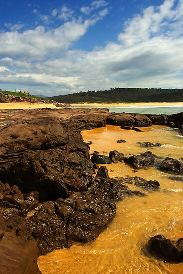 Short Point at Merimbula by Darren Stones