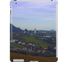 Peaceful countryside scenery | landscape photography iPad Case/Skin