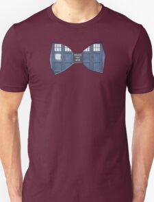 """Bow Ties ARE Cool."" - Dr. Who (Bow tie image only) T-Shirt"