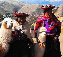 Women and llamas in Cusco, Peru by Monica Di Carlo