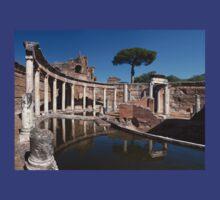 The Maritime Theatre in Hadrian's Villa, Tivoli  T-Shirt