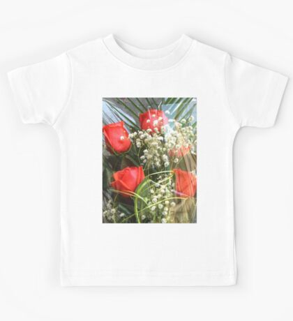 Bouquet with red roses 7 Kids Tee