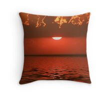 rays of red Throw Pillow