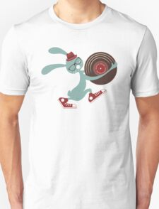 Hipster Easter bunny vinyl record T-Shirt