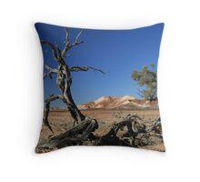 desert brushes Throw Pillow
