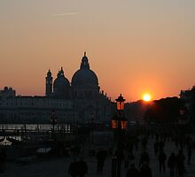 Sunset over Venice by klindy7