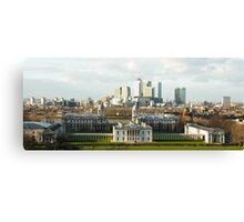 The Queen's House and Canary Wharf Canvas Print