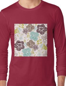 Seamless floral pattern with cute flowers on a white background Long Sleeve T-Shirt