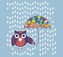 owl rain T-shirt  by teegs