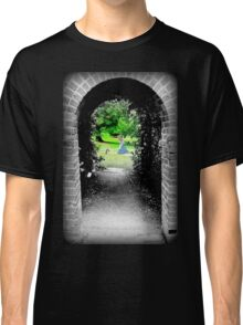 Through to Wonderland Classic T-Shirt