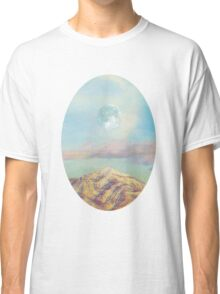 There´s a moon over there Classic T-Shirt