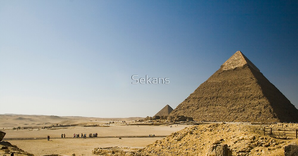 Pyramids of Giza by Sekans