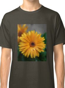 Gorgeous Gerbera with Raindrops Classic T-Shirt