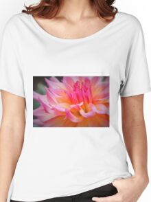 Free Flowing Dahlia Women's Relaxed Fit T-Shirt
