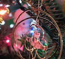 Christmas Claddagh by WonderlandGlass