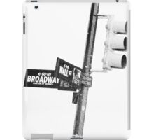 Cnr of Wall st and Broadway (Faded Grain) iPad Case/Skin