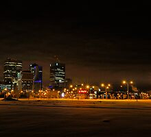Winnipeg Winter Skyline by Geoffrey