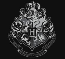 Hogwarts Crest by abcmaria