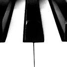 Domino Keys by Honor Kyne