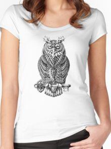 Great Horned Owl Women's Fitted Scoop T-Shirt