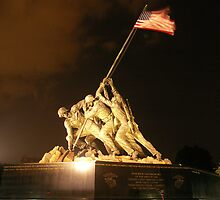 Iwo Jima Memorial by Nick Mee