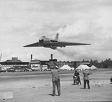 Low Flying Vulcan ++ by Twscats