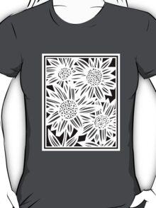 Pisula Flowers Black and White T-Shirt