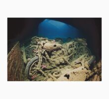 SS Thistlegorm inside - Background Story Kids Clothes