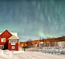 Porjus Station House Under the Aurora by Kristin Repsher