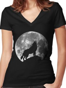 Howler Women's Fitted V-Neck T-Shirt