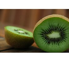 Sliced Kiwi Photographic Print