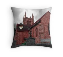 Welcome to St Andrews... Throw Pillow