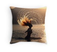 Carefree in the sun and sea Throw Pillow