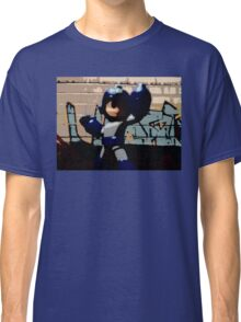 Mega man in the streets Classic T-Shirt
