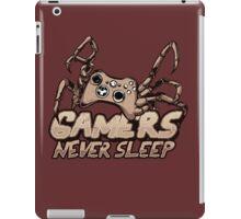 Gamers never sleep iPad Case/Skin